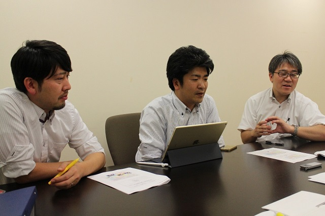 左から伊藤先生、藤井先生、米澤先生